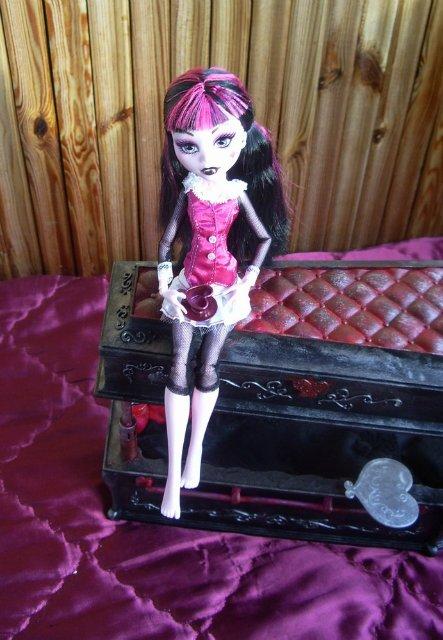 Lilith`s Doll Dream Chateau - Page 2 6453fd4fbf6a