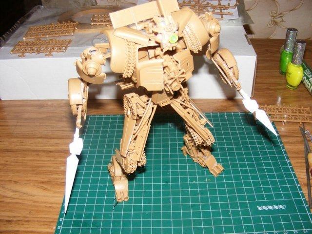 Робот трансформер(не трансформирующийся правда :) ) 7b9b3f243096