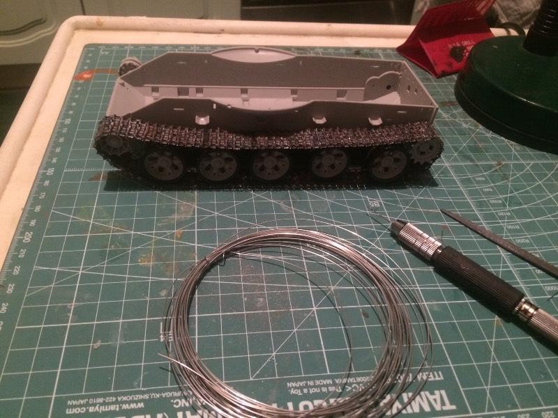 TRUMPETER T-62 Mod 1972  1/35 5202911419f9