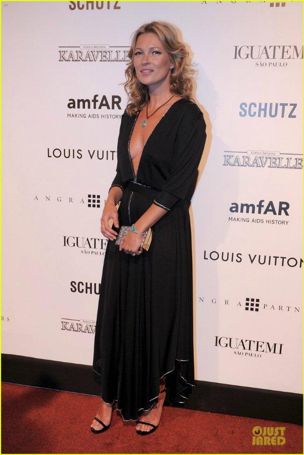 Kate Moss - Страница 6 C3754d747078