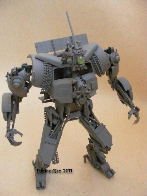 Робот трансформер(не трансформирующийся правда :) ) 12445b8db86a