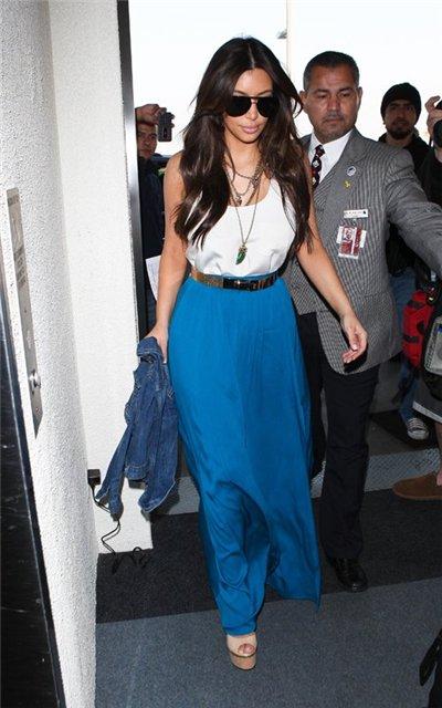 Kim Kardashian  - Страница 2 B67f5e6df030