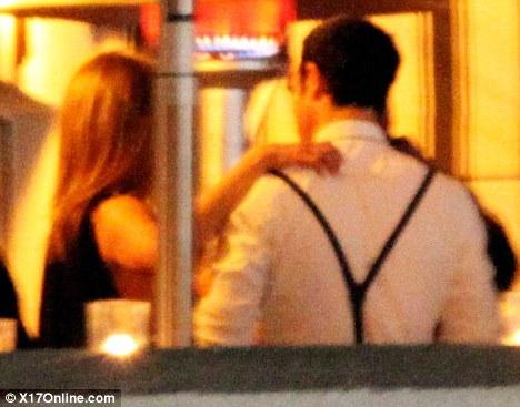 Jennifer Aniston - Страница 5 4fcda4e129b6