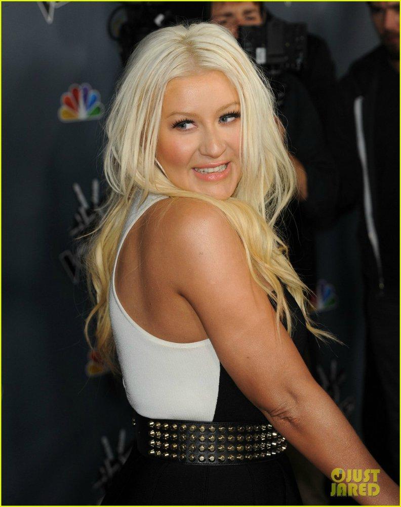 Christina Aguilera  - Страница 11 4ae7ba023019