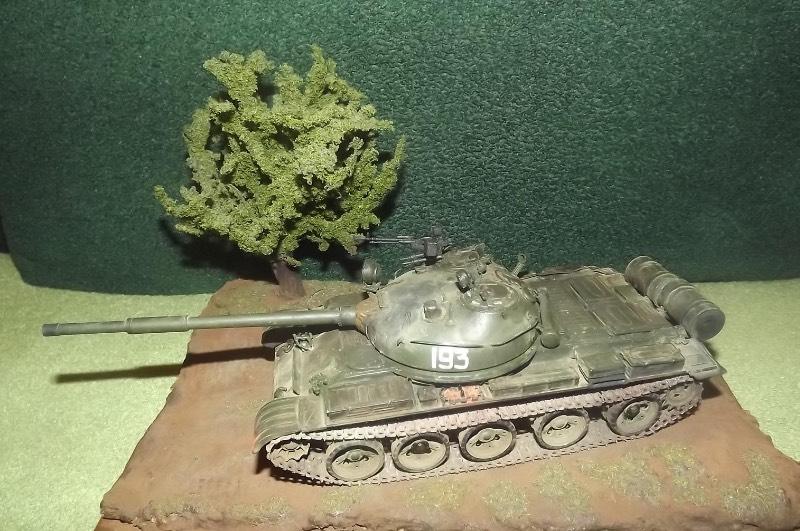 TRUMPETER T-62 Mod 1972  1/35 3e2aaae55820