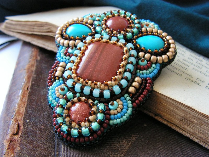 Как прикрепить камни в бисерной вышивке? 86aacaae5b3c