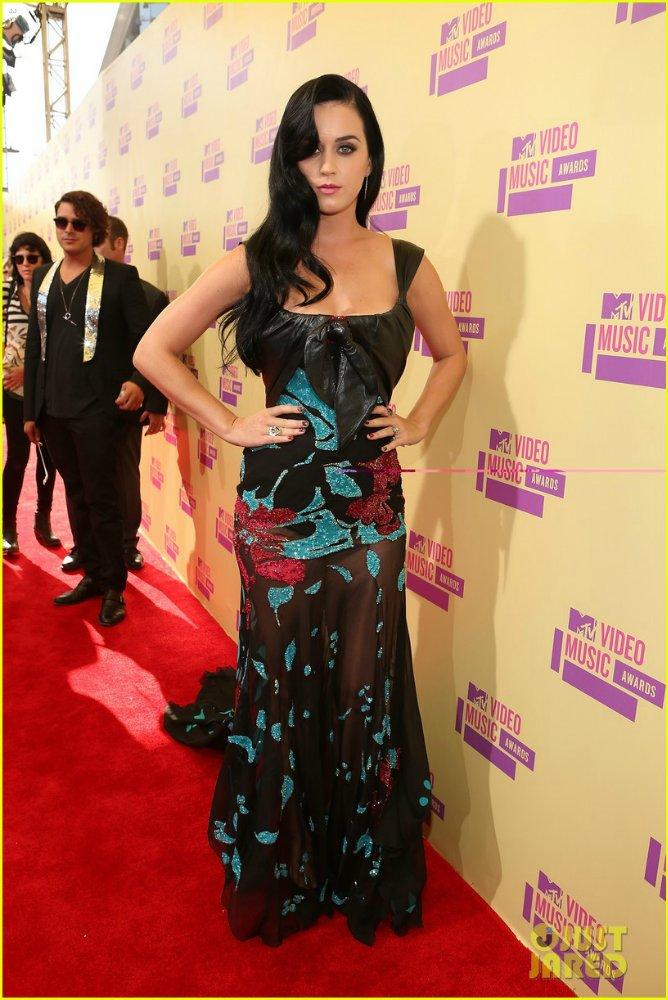 Katy Perry | Кэтти Перри - Страница 7 B39ebfd887cf