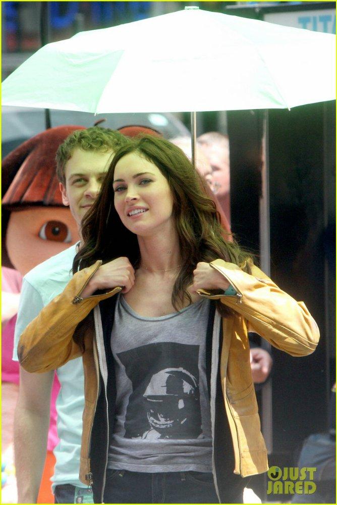 Megan Fox - Страница 14 2e53358a727a