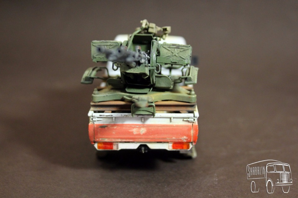 PickUP w/ZU-23-2 от Meng, масштаб 1/35 81e3b9540c0f
