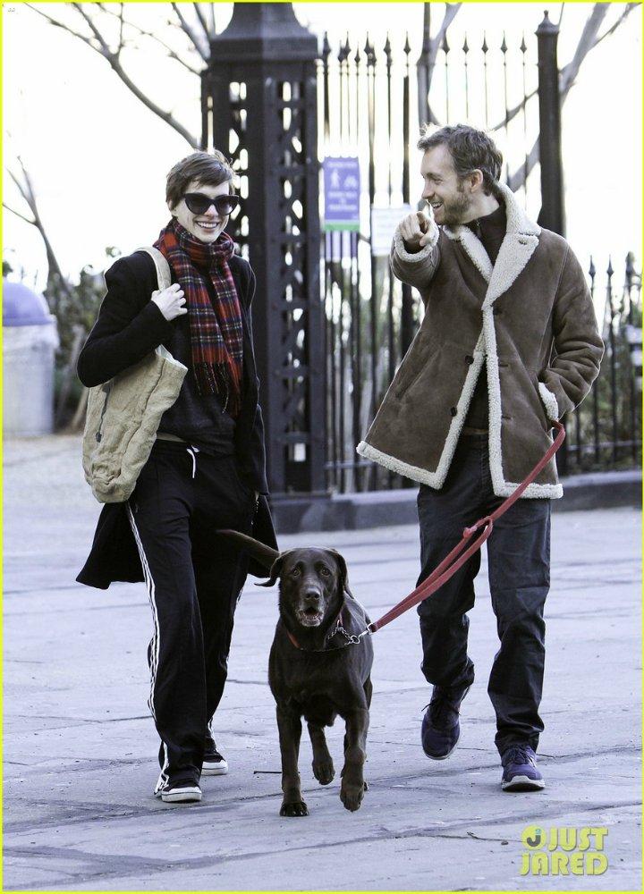 Anne Hathaway/Энн Хэтэуэй - Страница 5 A0601e11e47d