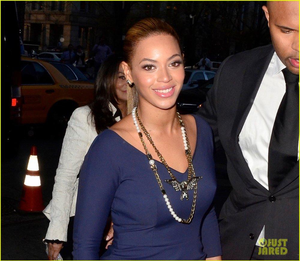 Beyoncé - Страница 2 88abc57343b9