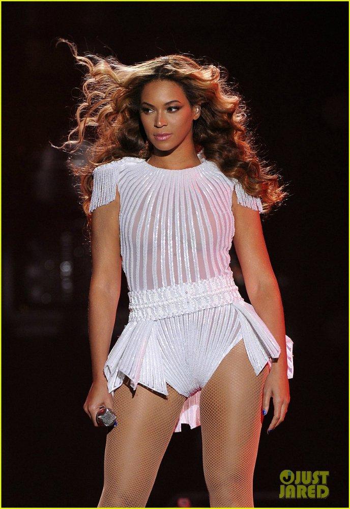 Beyoncé - Страница 8 B5e1ac75d020