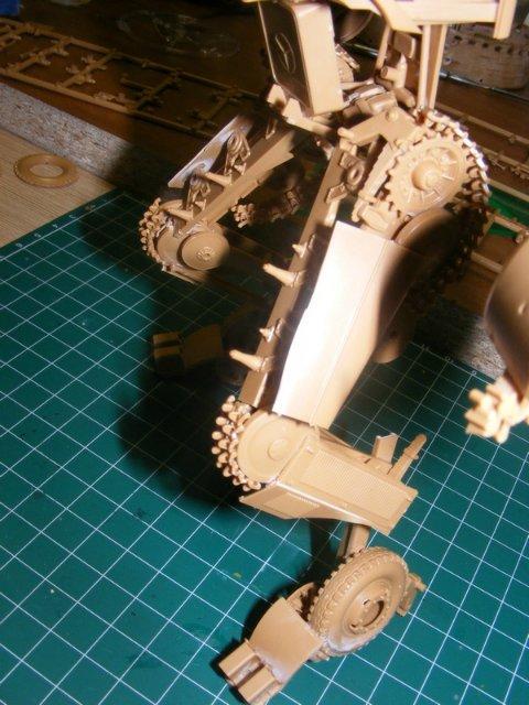 Робот трансформер(не трансформирующийся правда :) ) Ee8e1fa95fdb