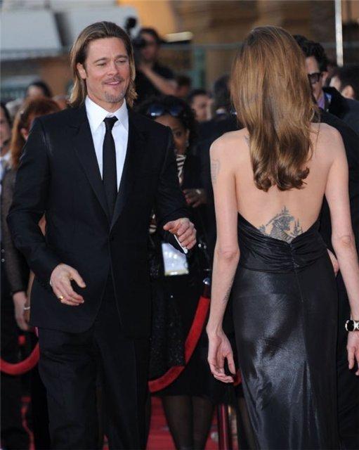 Angelina Jolie and Brad Pitt - Страница 3 D5aa2ecdcb29