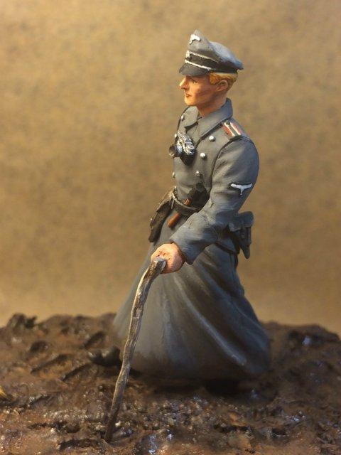 Немецкий офицер (1/35) 71069f351a45
