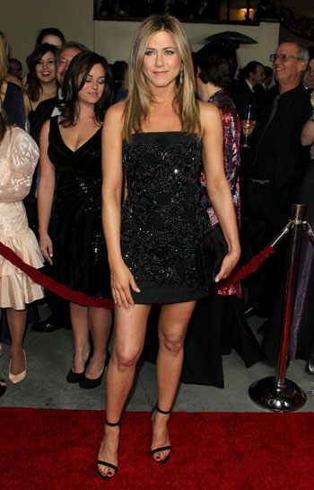 Jennifer Aniston - Страница 2 0d329f57a8c2