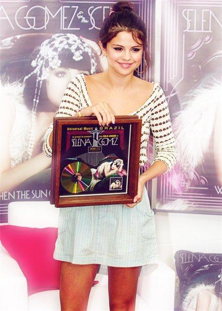 Selena Gomez | Селена Гомес 8adeb1afcf8c