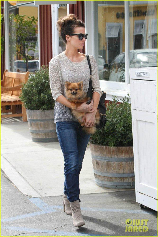 Kate Beckinsale - Страница 7 E8b3255d4877
