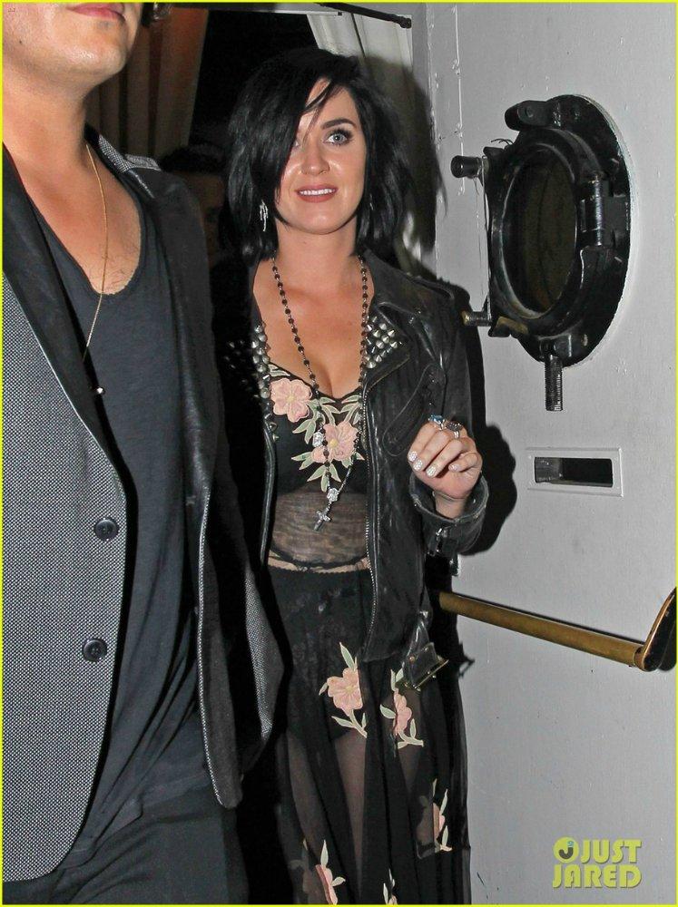 Katy Perry | Кэтти Перри - Страница 7 2e2d767507ce