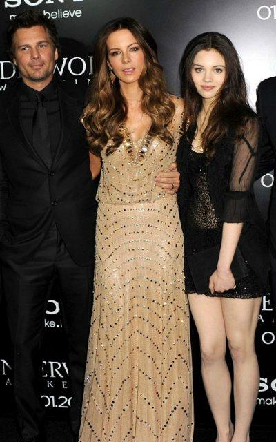 Kate Beckinsale E382f9669454
