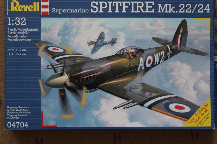 Supermarine Spitfire Mk. 22 Revell. 1/32 180525e0e507