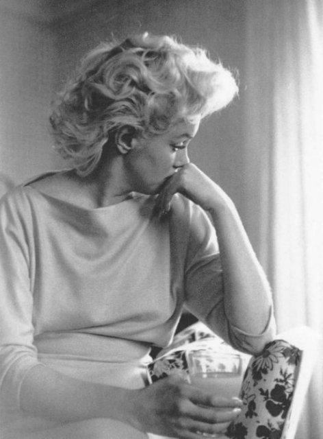 Мерилин Монро/Marilyn Monroe - Страница 2 755d4cb489a0