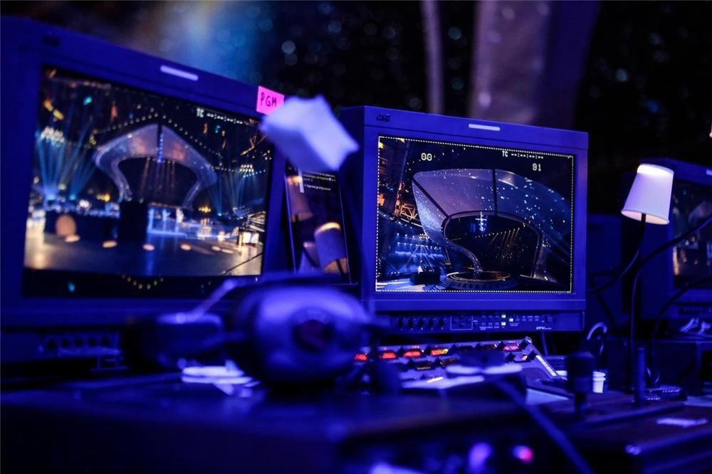 Евровидение - 2017 - Страница 10 090698ce2a56