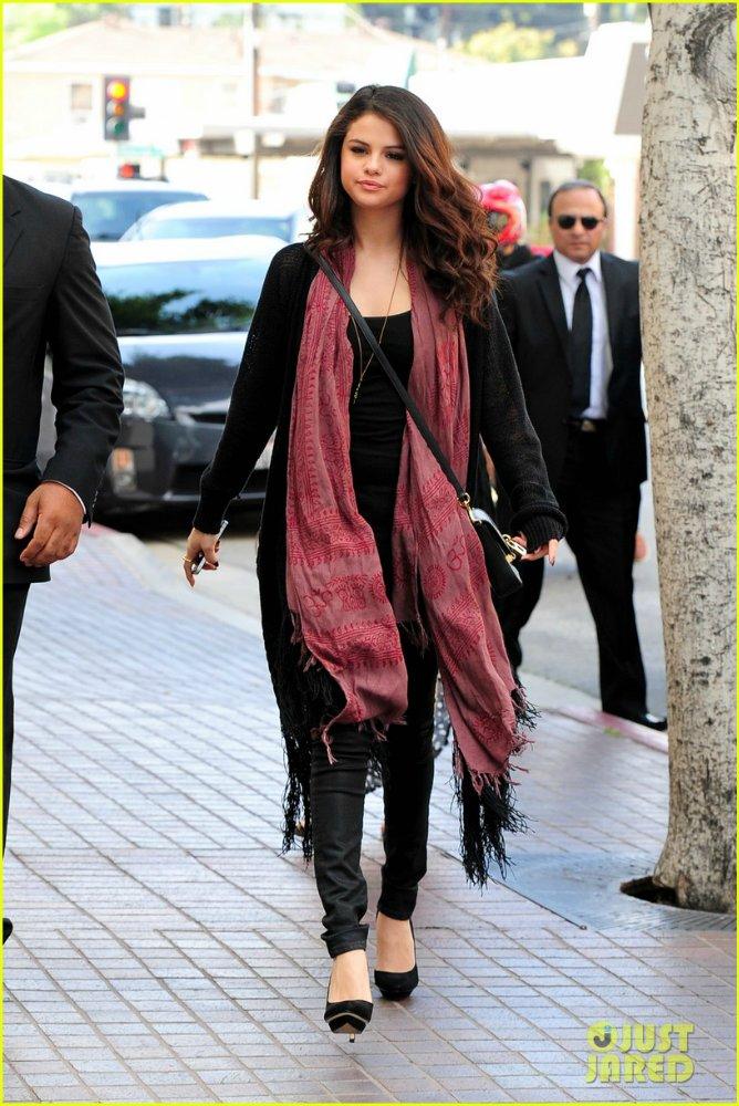 Selena Gomez | Селена Гомес - Страница 8 Ec57a8ca1e5e