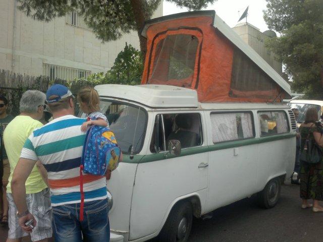 Выставка старых машин в кармиэле 9e0a9a6562a1