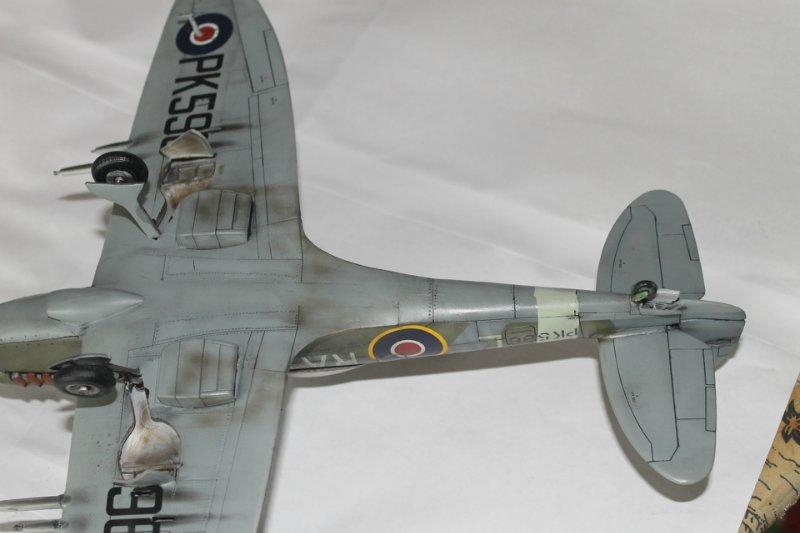Supermarine Spitfire Mk. 22 Revell. 1/32 C4a45c554322
