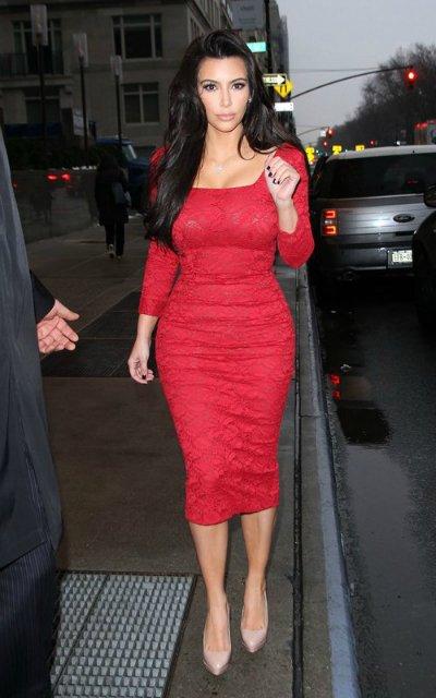 Kim Kardashian  2833898738e6
