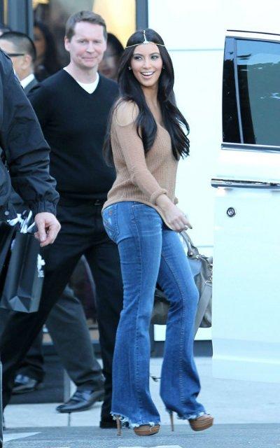 Kim Kardashian  Cf9cb870cea7