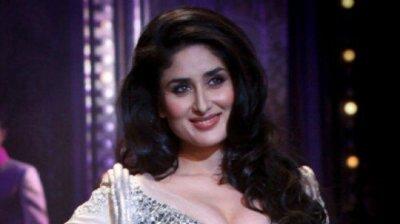 БЕБО - Карина Капур / Kareena Kapoor - Страница 16 0f8a3bdf0c0e