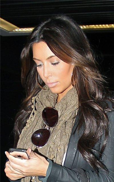 Kim Kardashian  - Страница 2 E9c6091dc4ea