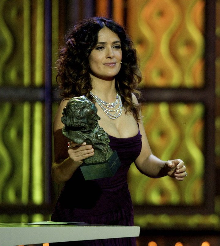 Salma Hayek - Страница 2 4efad4a2d8cd