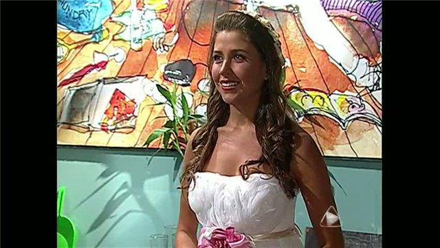 ახალგაზრდა ქვრივის ფოტოები Da7bda6c0442