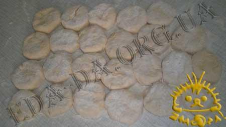 Пирожки с куриной печенью,грибами и брокколи...... ммммммм  вкууууусно!!! 406099225d9f