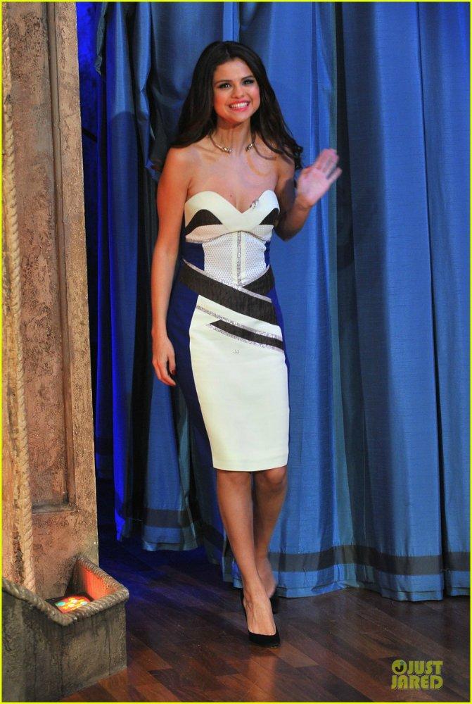Selena Gomez | Селена Гомес - Страница 8 7edf8cb3ceaa