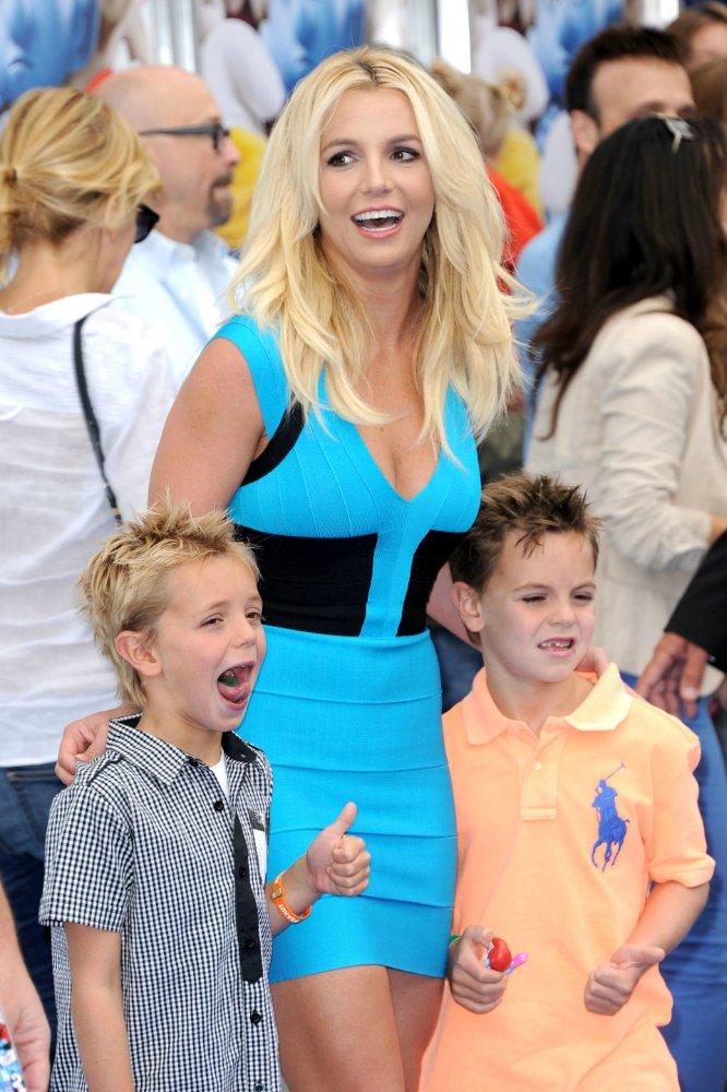 Бритни Спирс/Britney Spears - Страница 14 Fd20a47adfb9