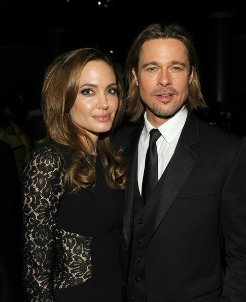 Angelina Jolie and Brad Pitt A5f0374d19f3