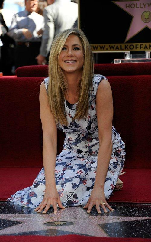 Jennifer Aniston - Страница 6 1ad0299d1c33