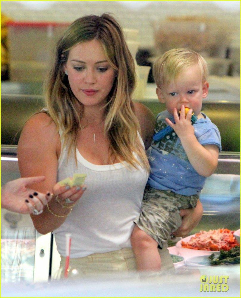 Hilary Duff - Страница 6 207b47d9b24c