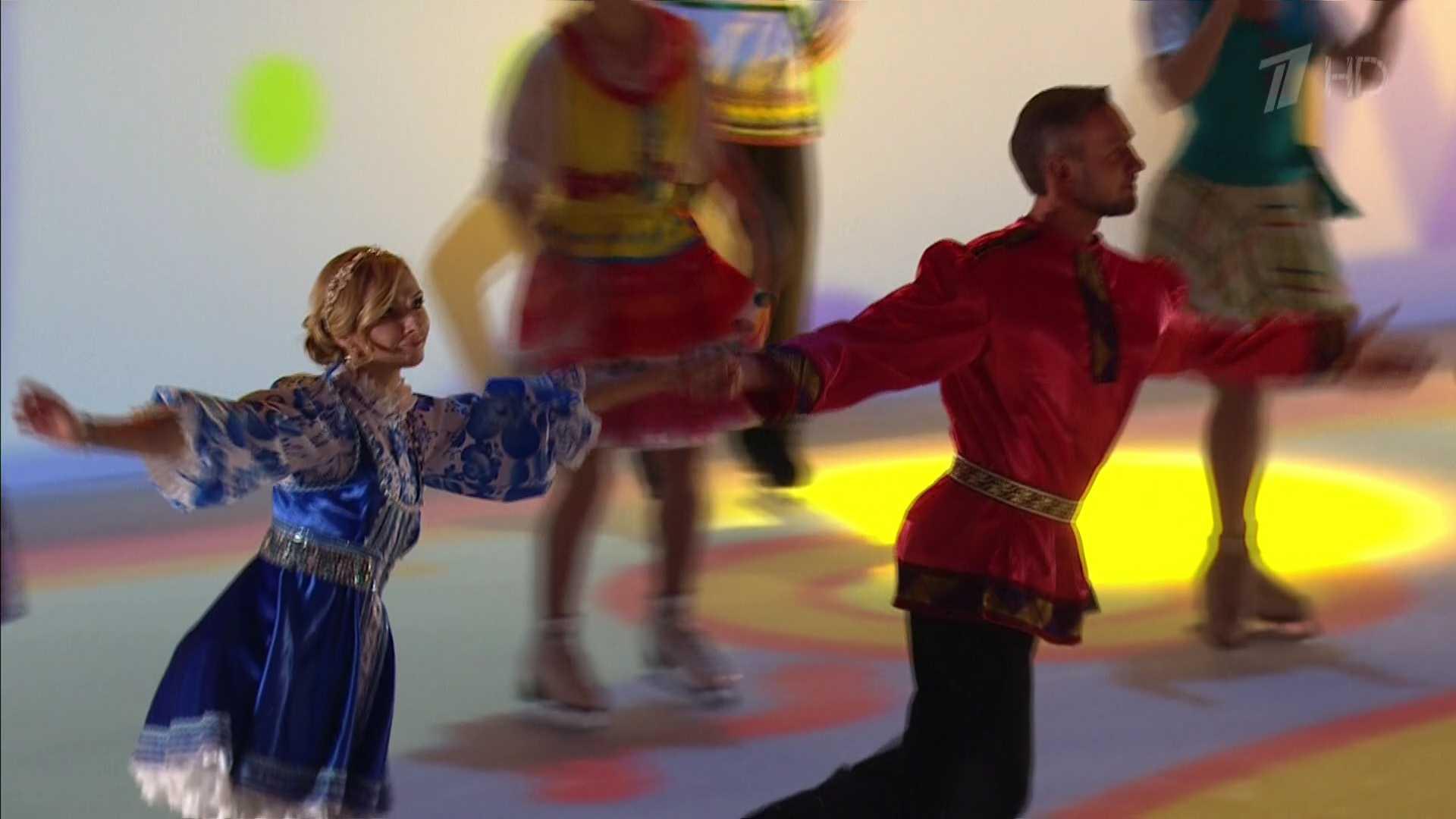 Ледовые шоу 2014-2015 - Страница 6 652a9f073811