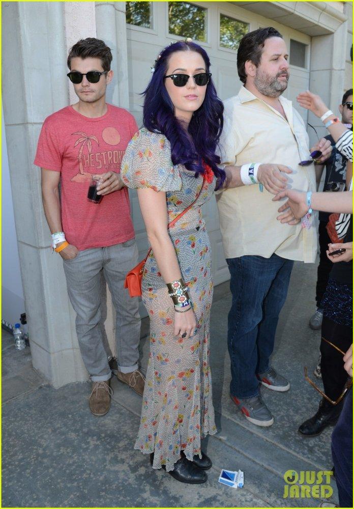 Katy Perry | Кэтти Перри - Страница 4 33e2b9169aef