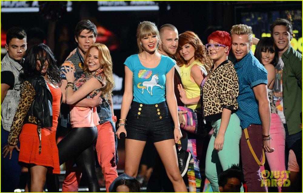 Taylor Swift / Тэйлор Свифт - Страница 6 6906c0994cb3