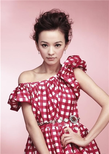 Иви Чэнь / Ivy Chen Yi Han / 陳意涵 F736fcda6ee8