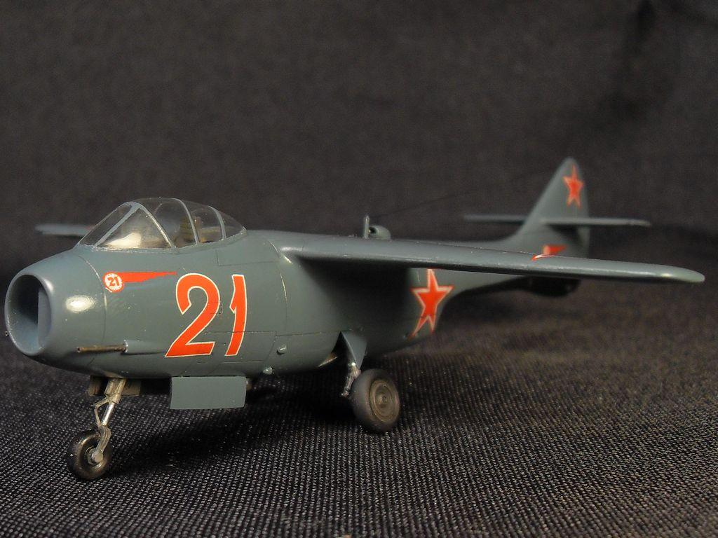 Ла-150 1/72 Prop & Jet C4793dd94844