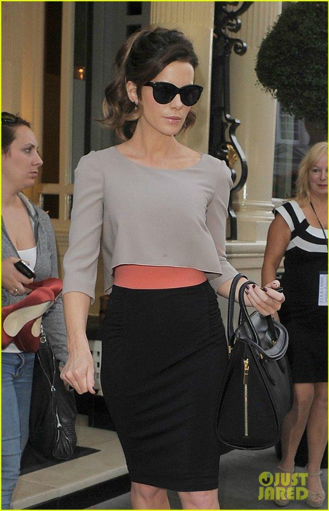 Kate Beckinsale - Страница 4 F26d8241ad4a