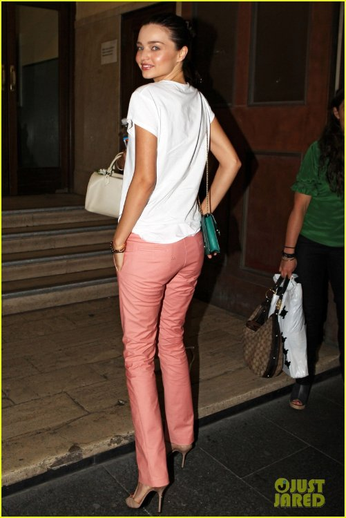 Miranda Kerr B96a7c08da7f