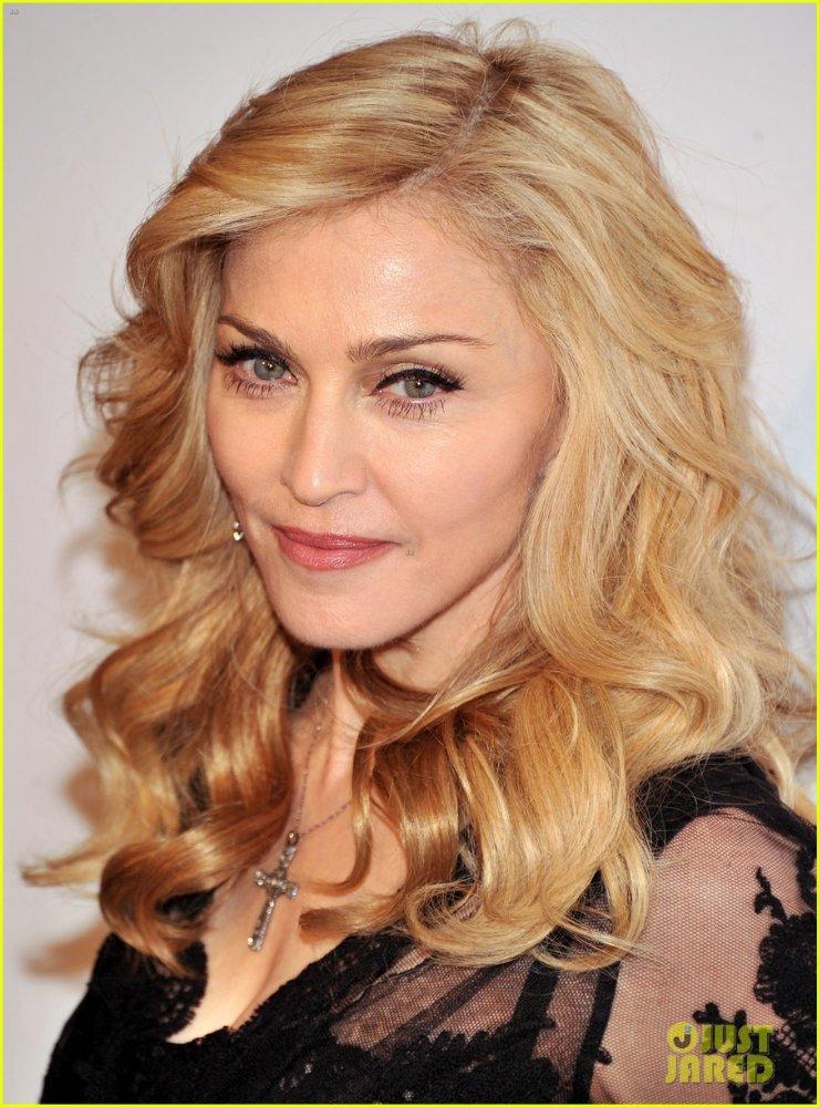 Мадонна - Страница 3 B0469af3ee68